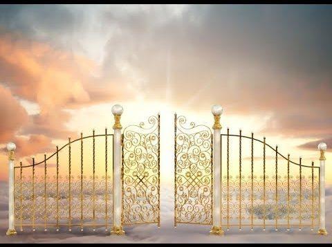 亞呼贖阿・哈・瑪西阿克如此說:「你不能拆毀天國的門!」(第122篇